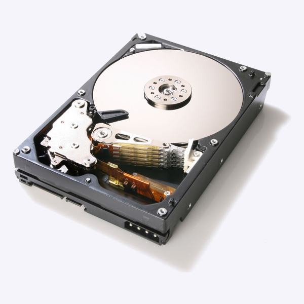 Hitachi-Readies-5-Platter-4TB-HDD-7200RPM-Speed-2