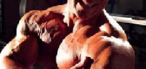 Массаж поврежденных мышц